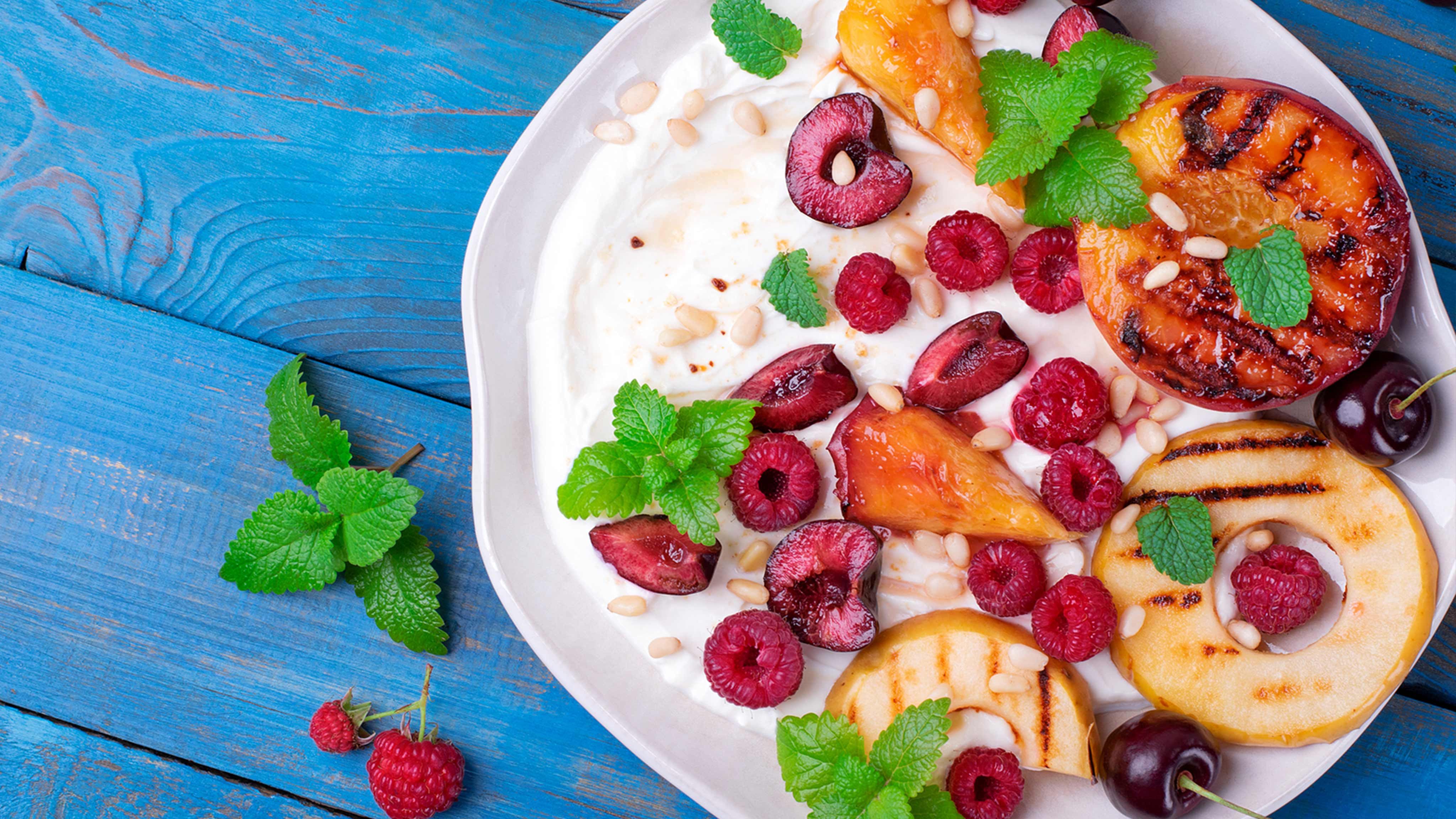 Image for Recipe Grilled Peaches with Raspberries and Honey