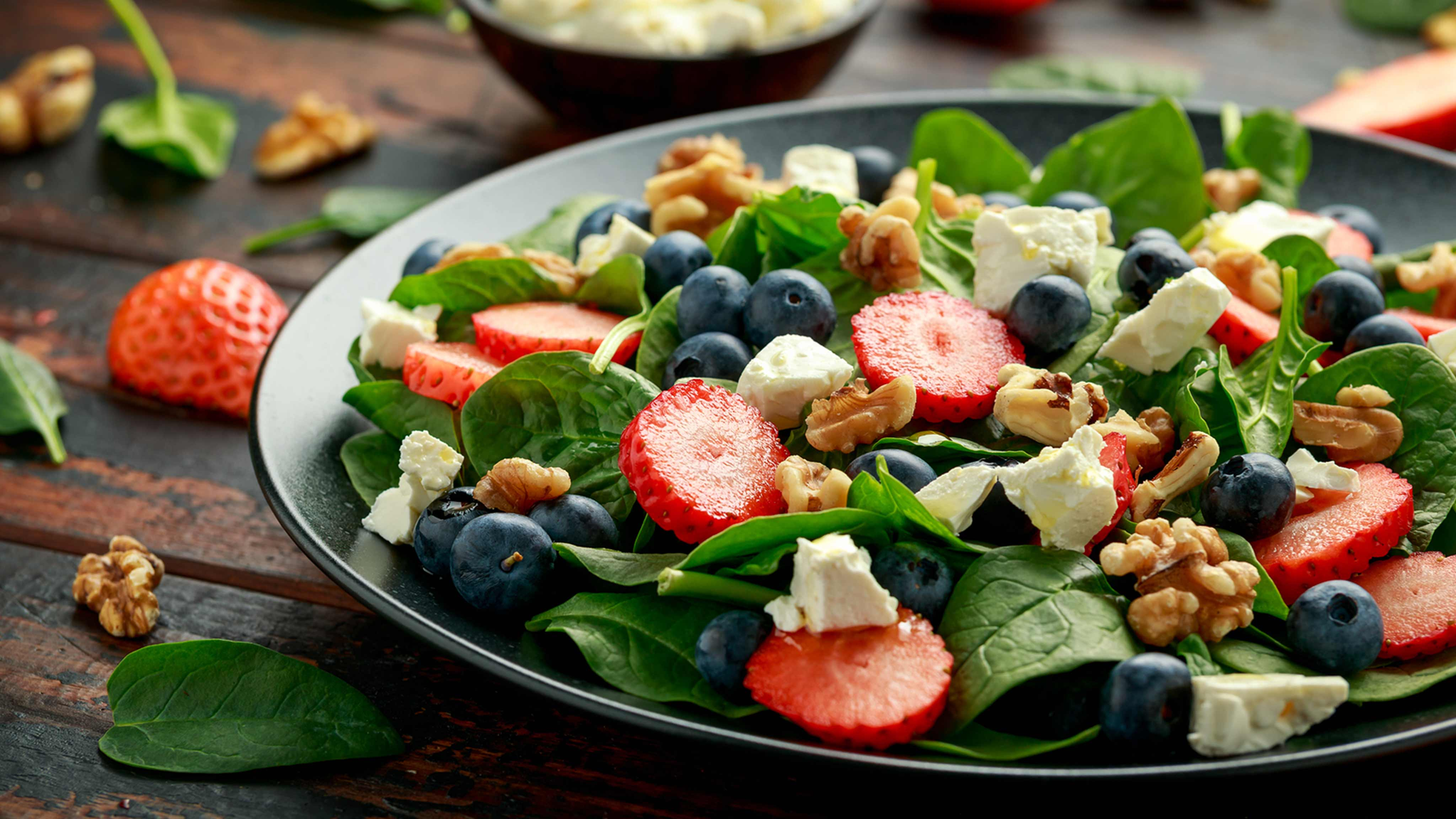 Image for Recipe Berry and Spinach Salad