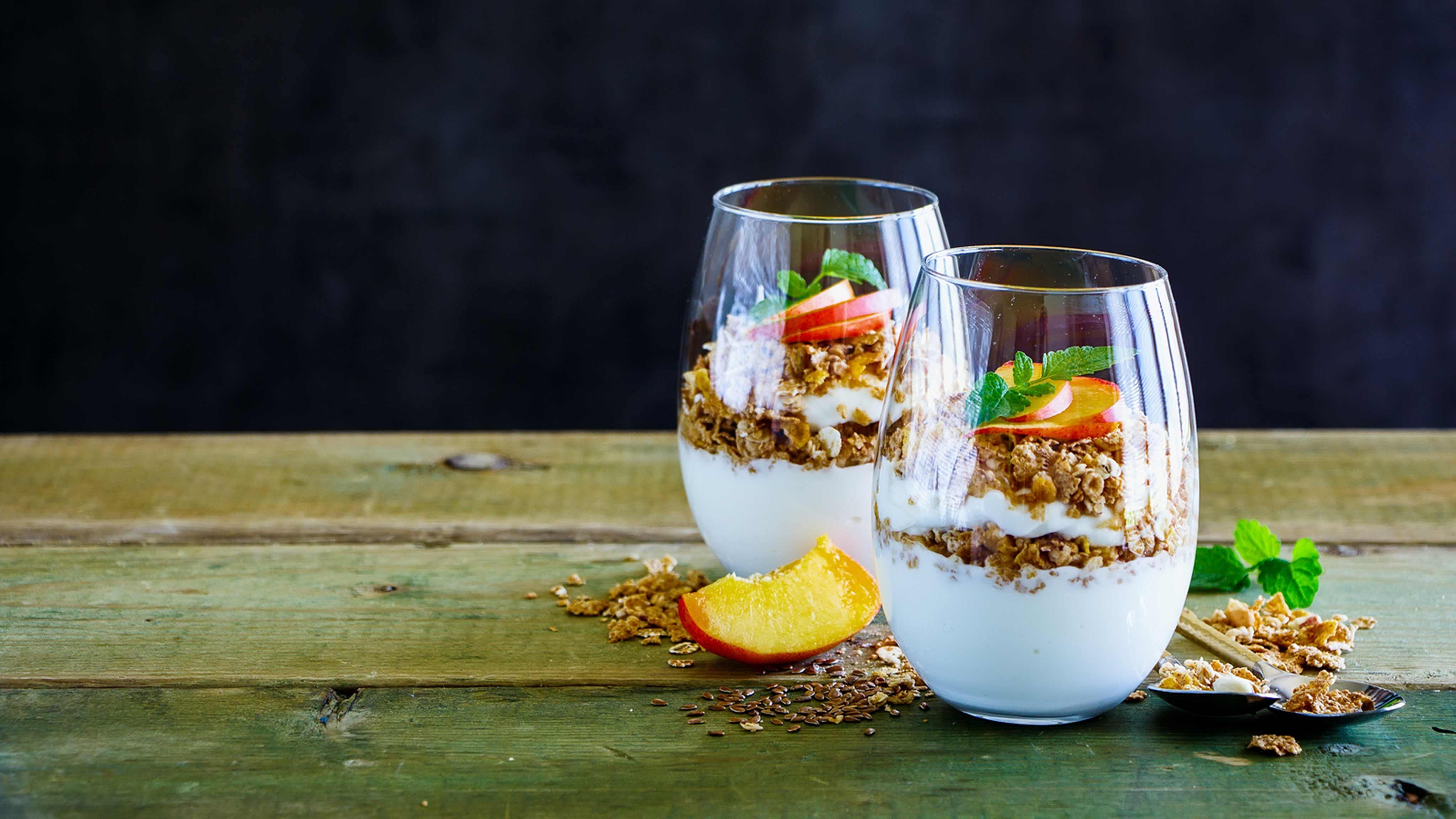 Image for Recipe Peachy Granola Yogurt Parfait
