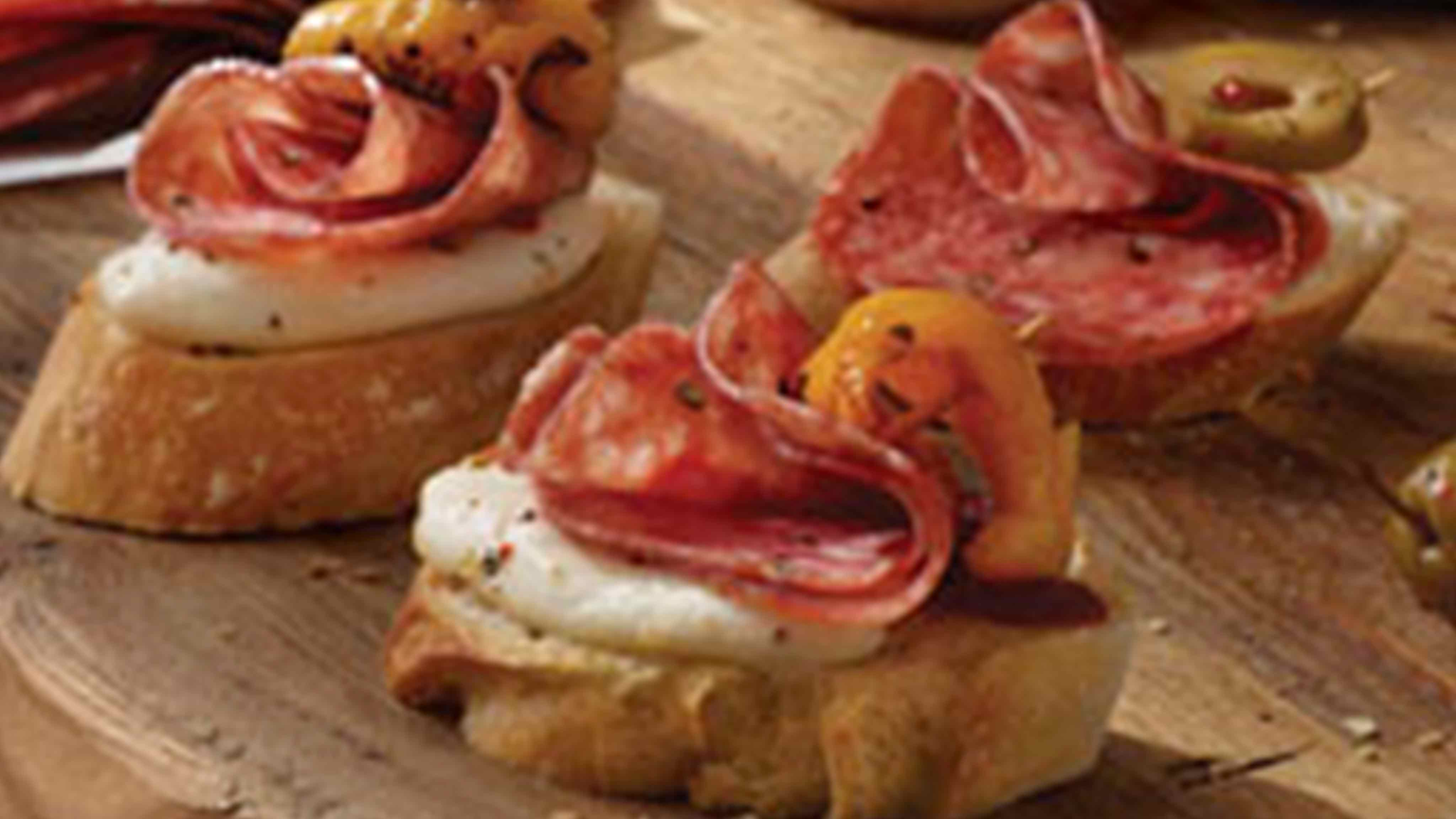 Image for Recipe Salami Crostinis with Italian Herbs