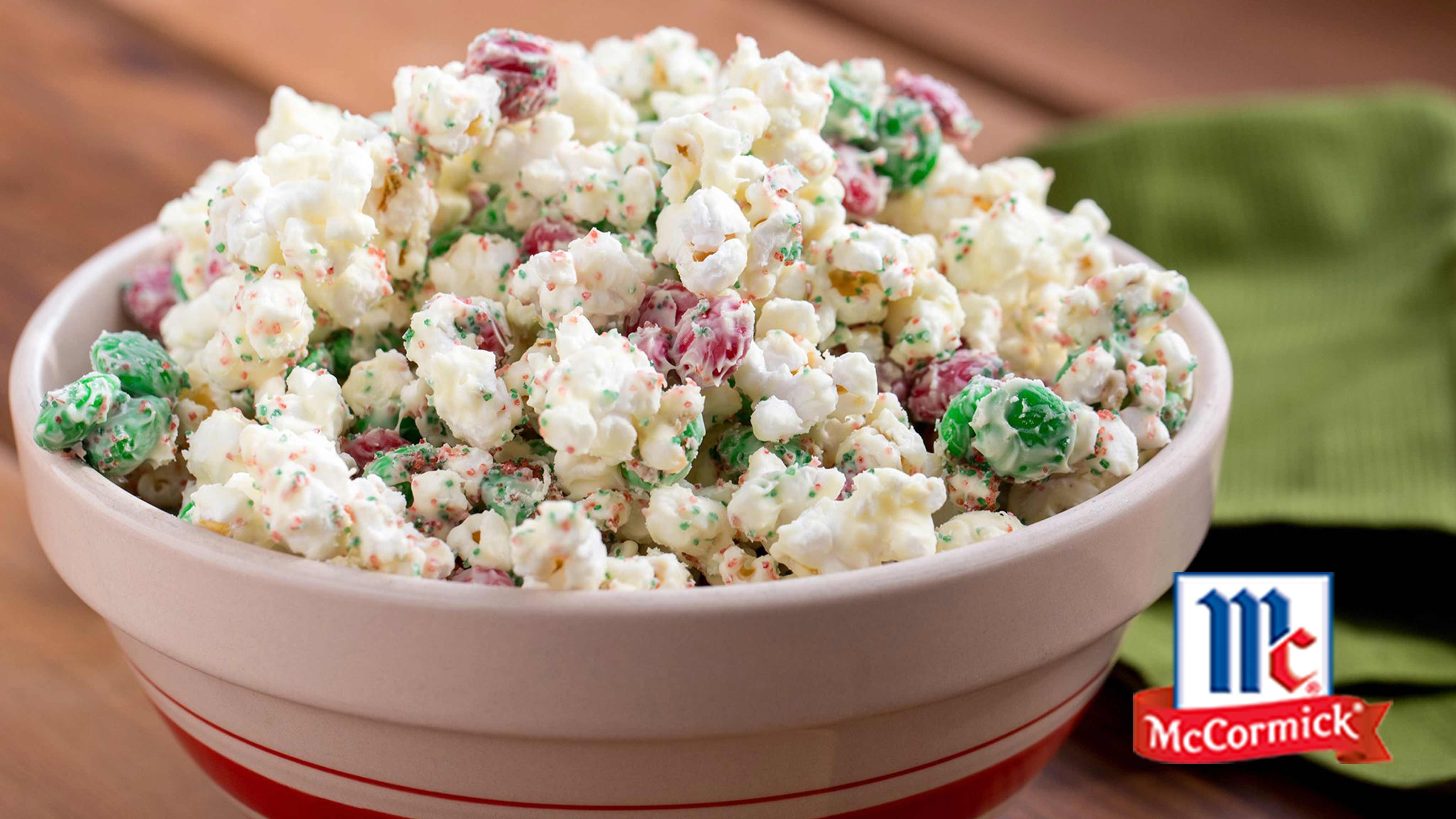 Image for Recipe Peppermint Crunch Popcorn