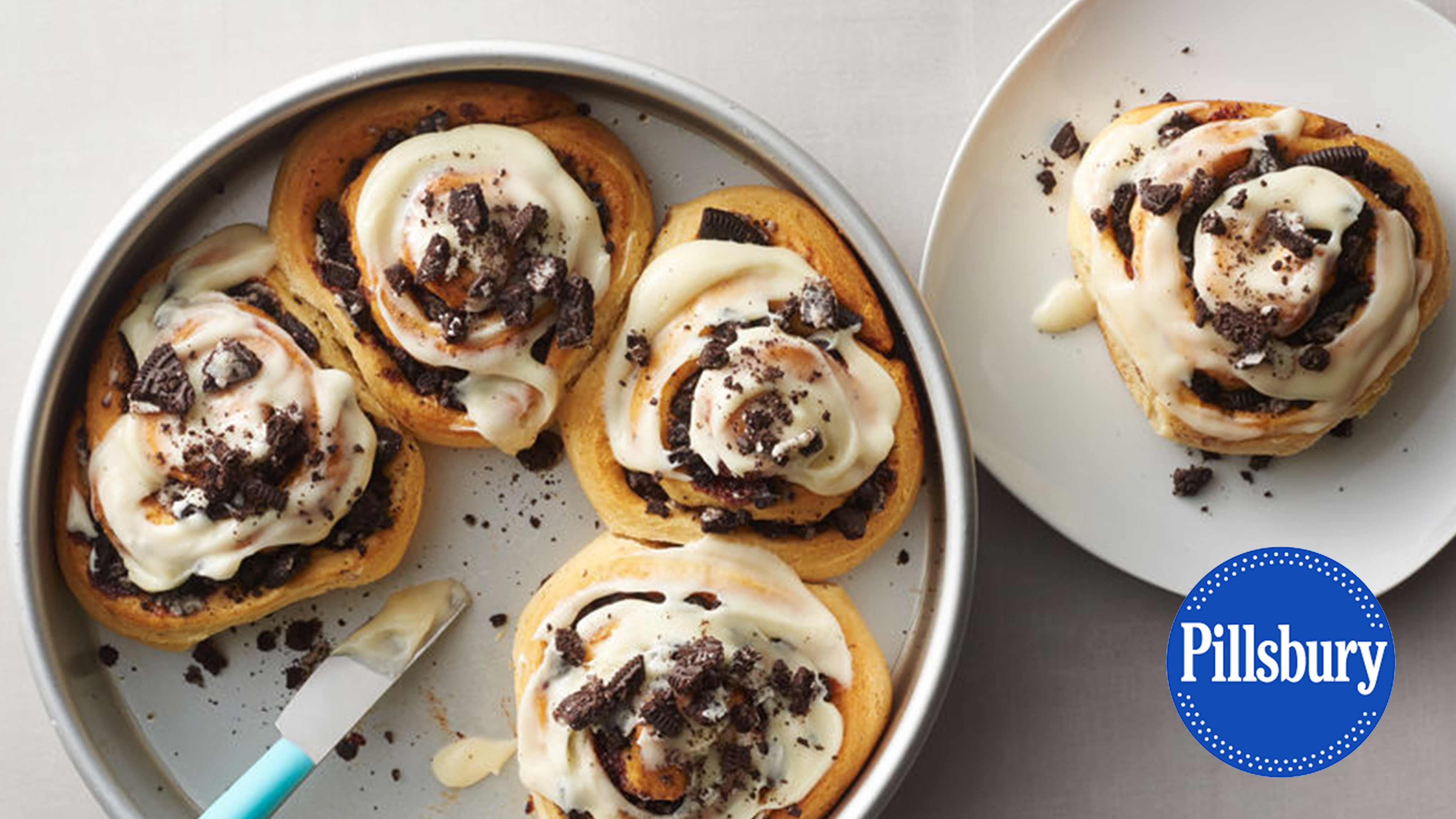 Image for Recipe Oreo Stuffed Cinnamon Rolls