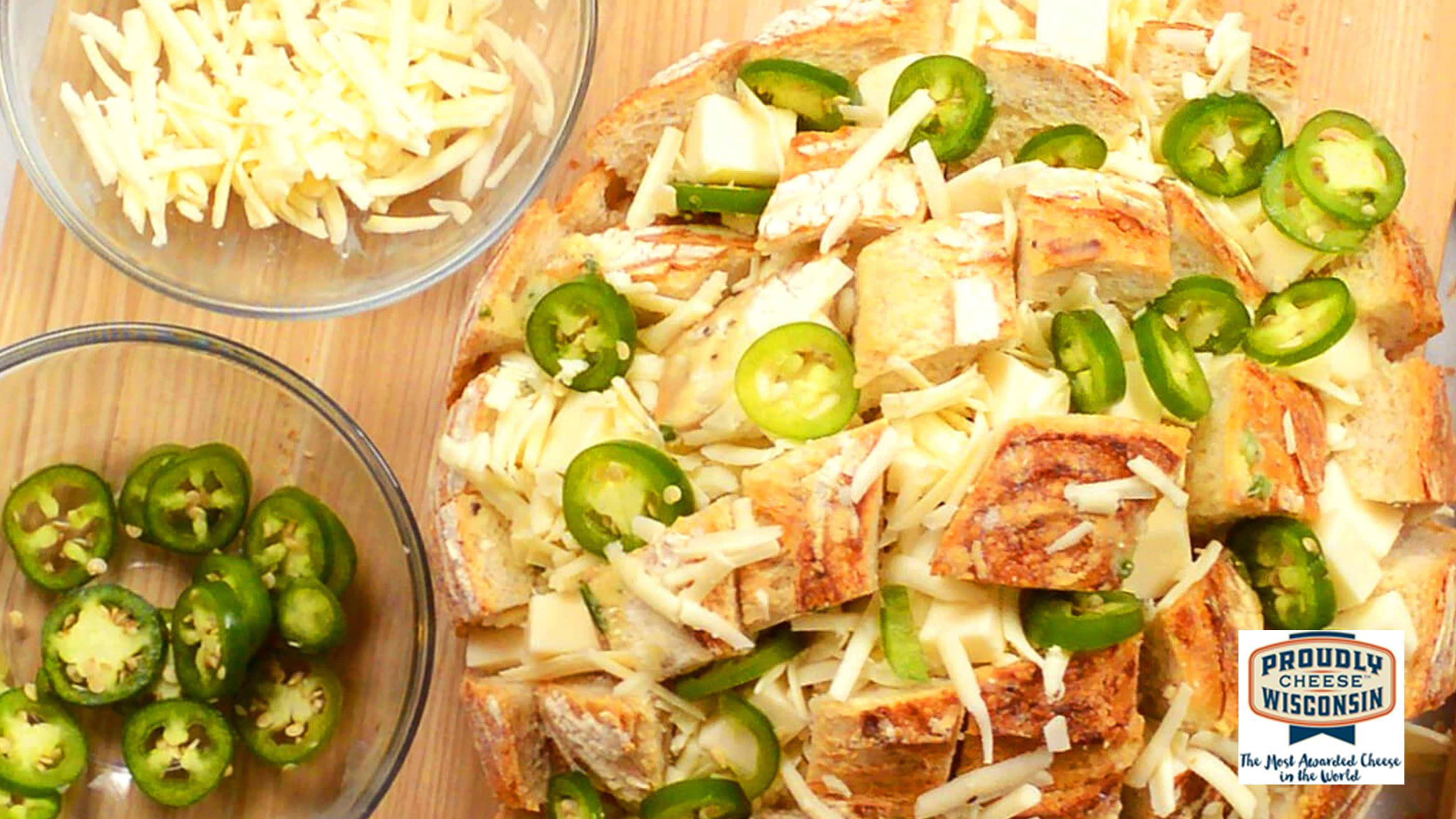 Image for Recipe The Cheesiest Jalapeno Pull-Apart Bread