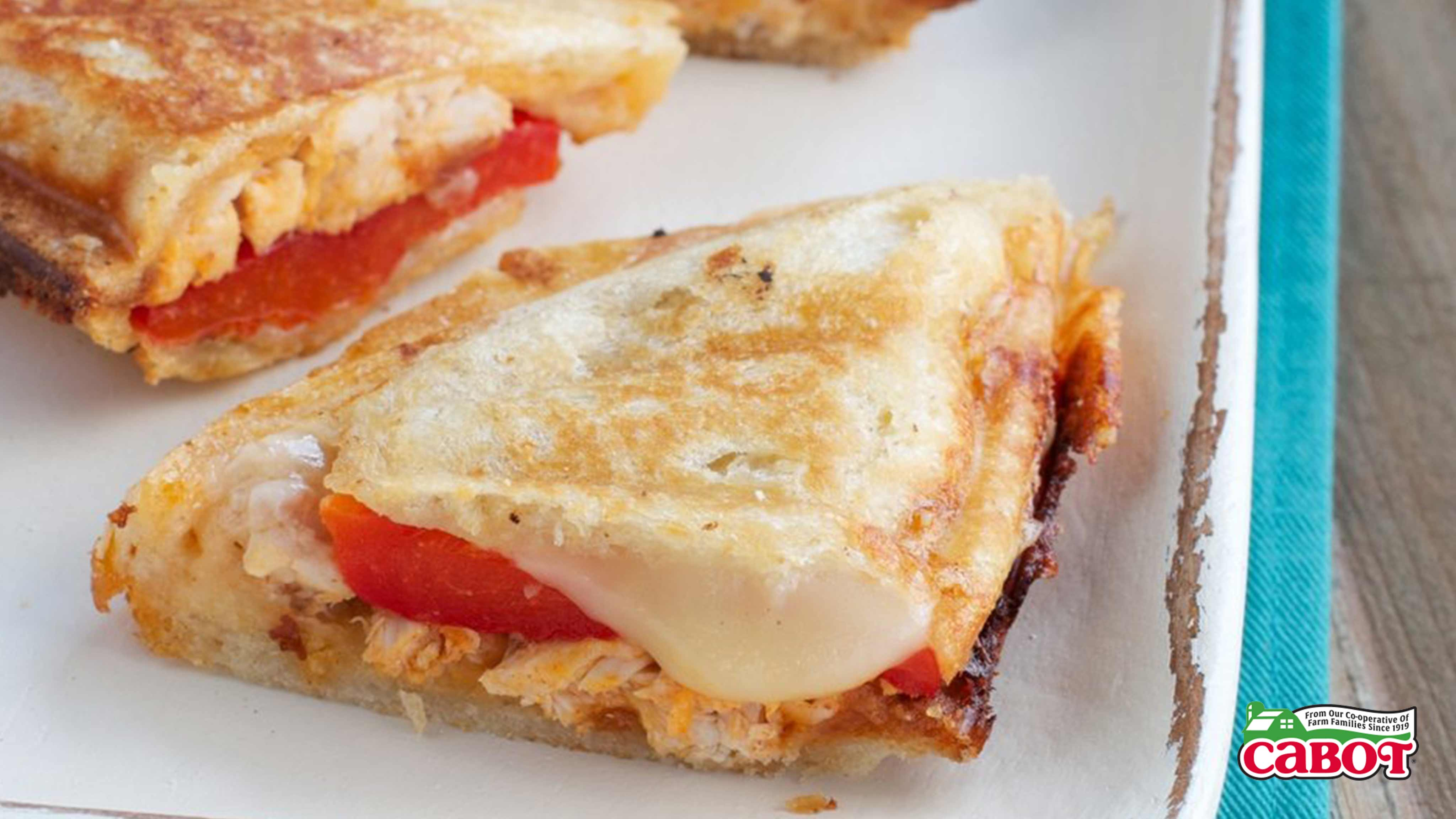 Image for Recipe Buffalo Chicken and Pepper Grilled Cheese