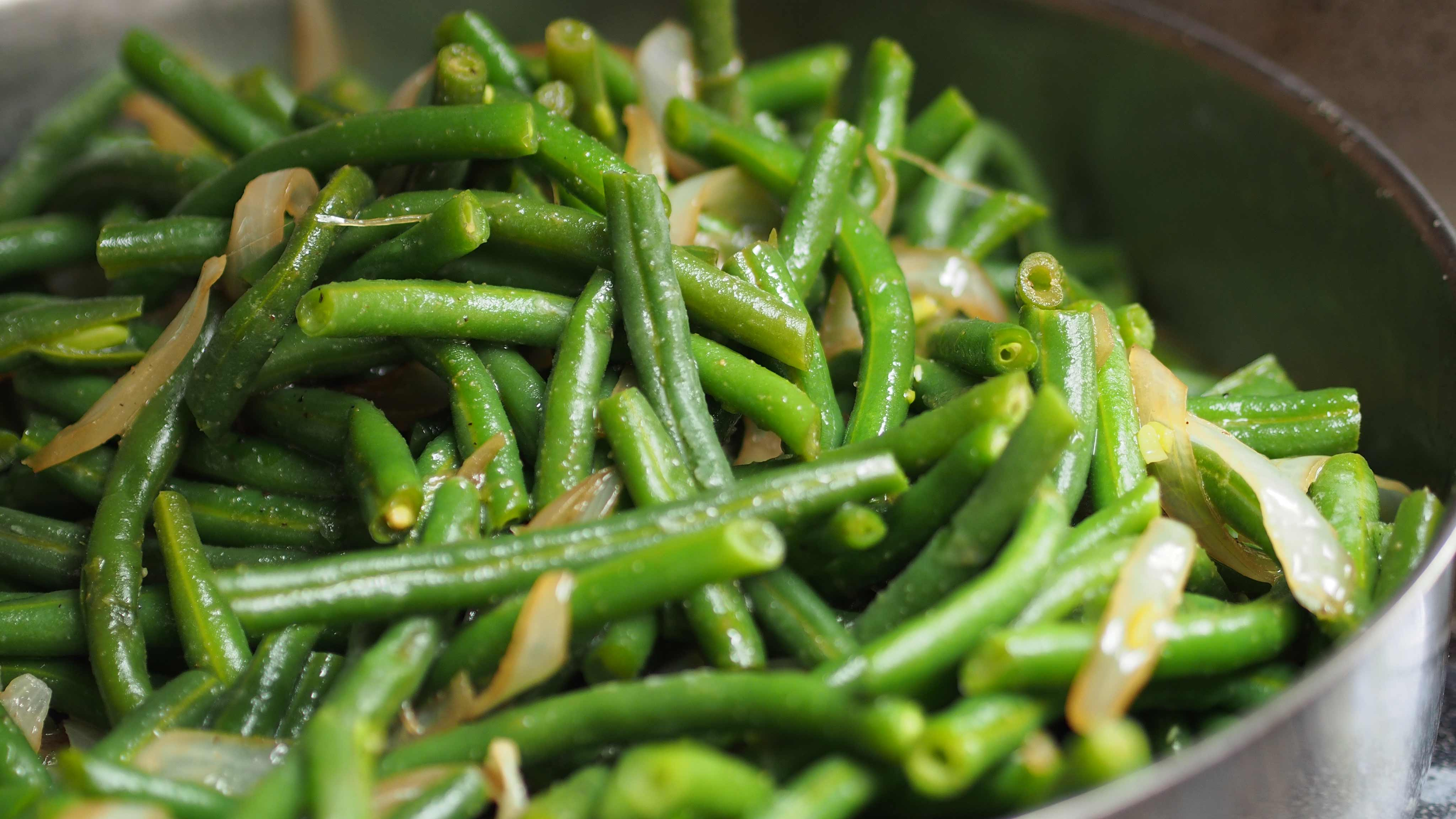 Image for Recipe Sauteed Green Beans and Onions with Soy Butter Sauce