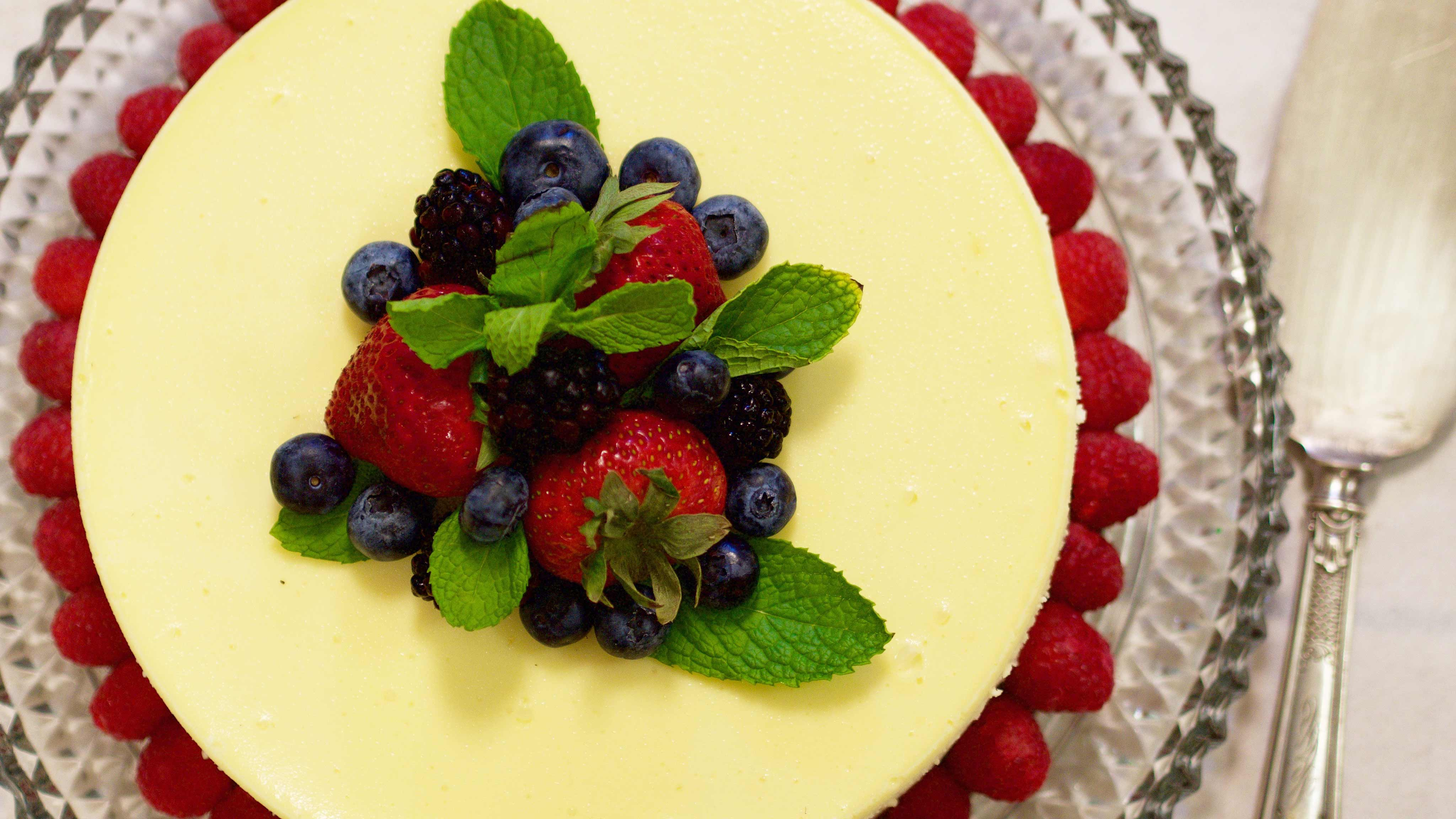 Image for Recipe Classic Creamy Cheesecake with Fresh Berries