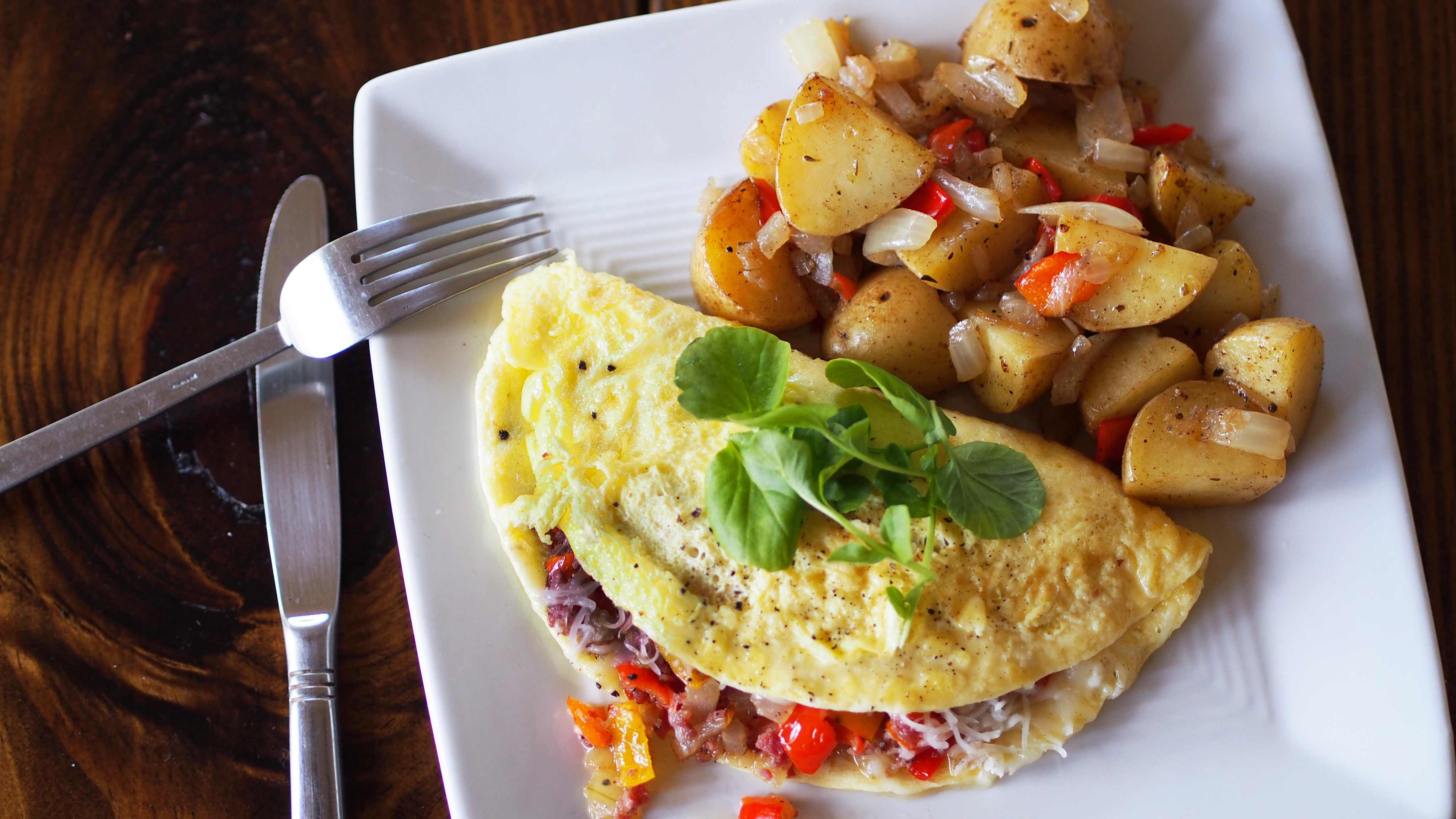Image for Recipe Salami and Peppers Omelet